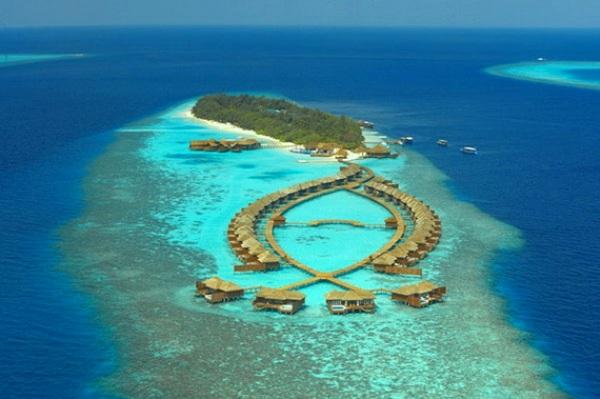 Lily Beach Resort & Spa – Maldives