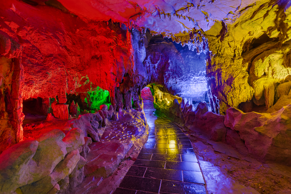 Huanglong Yellow Dragon Cave - China